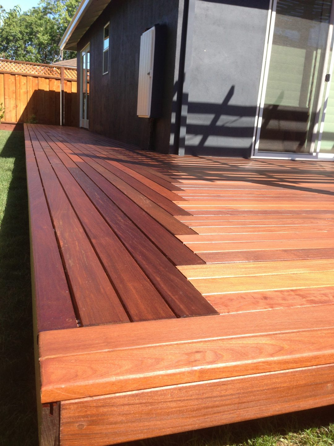 Mohan Iron Wood Deck