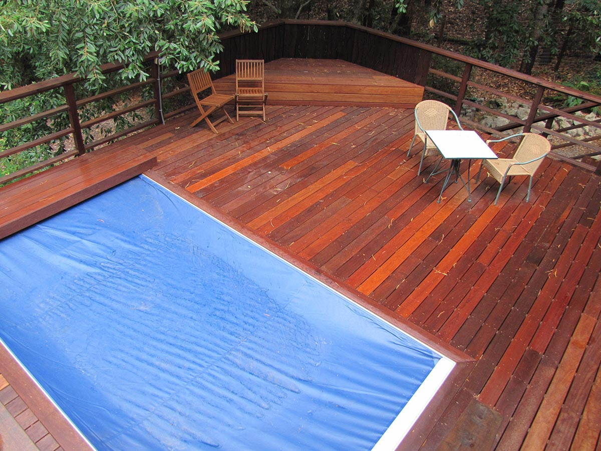 Woodside-Pool-Deck1