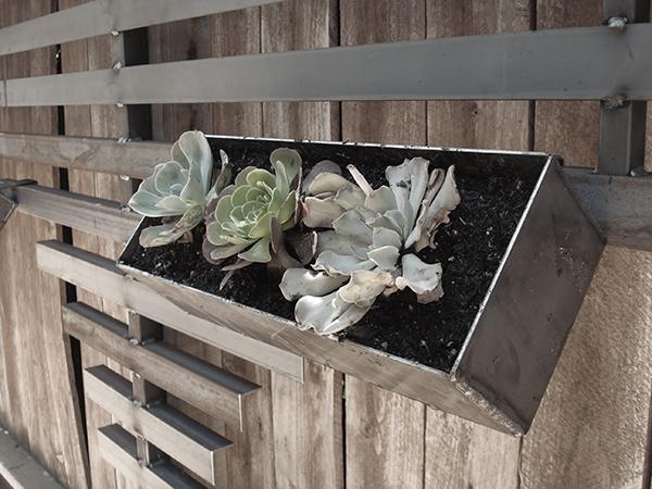 Vitar Modular Planter Box